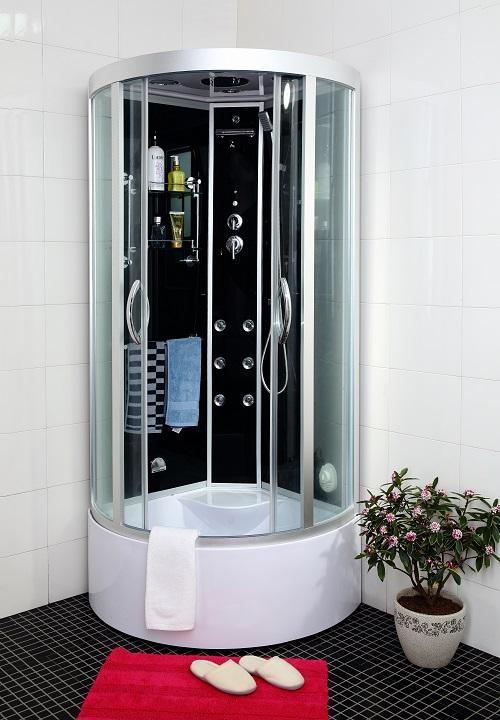 litet badkar med dörr